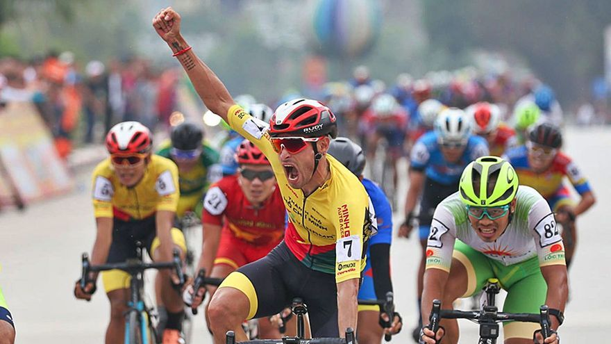 Javier Sardá gana la tercera etapa en Vietnam