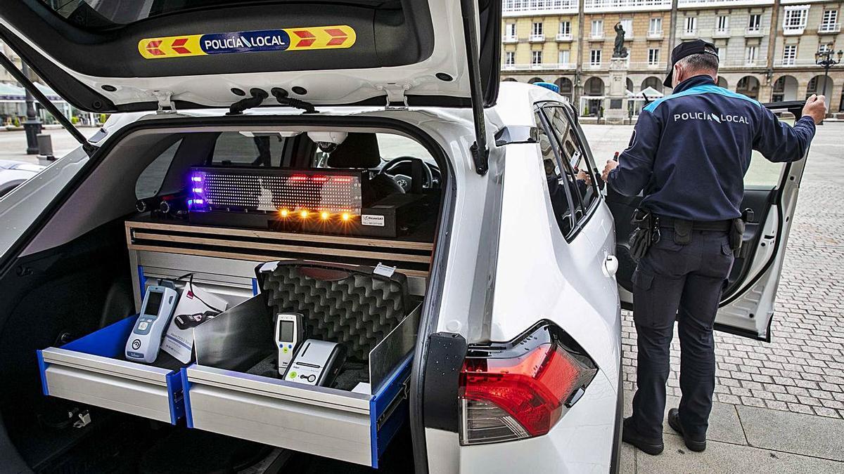 Nuevos coches y bicicletas para la Policía Local | LA OPINIÓN