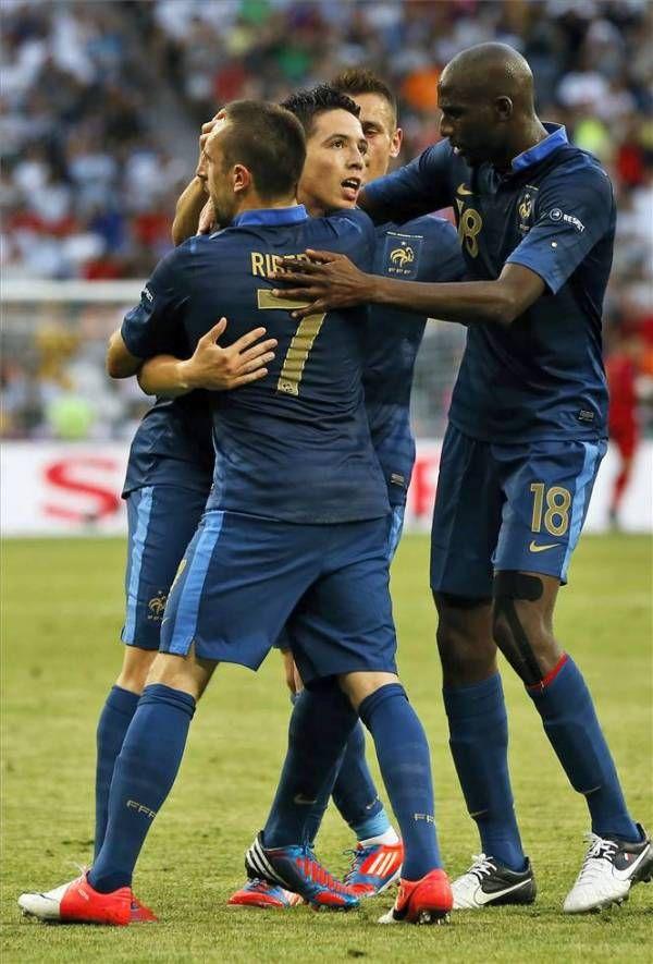 El partido Francia 1 - Inglaterra 1, en imágenes