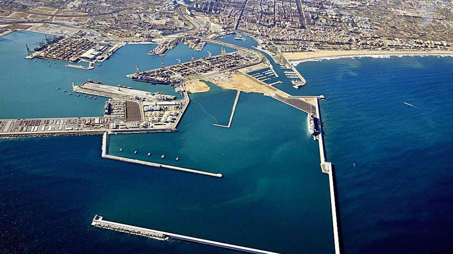 Compromís insiste en paralizar la ampliación del Puerto