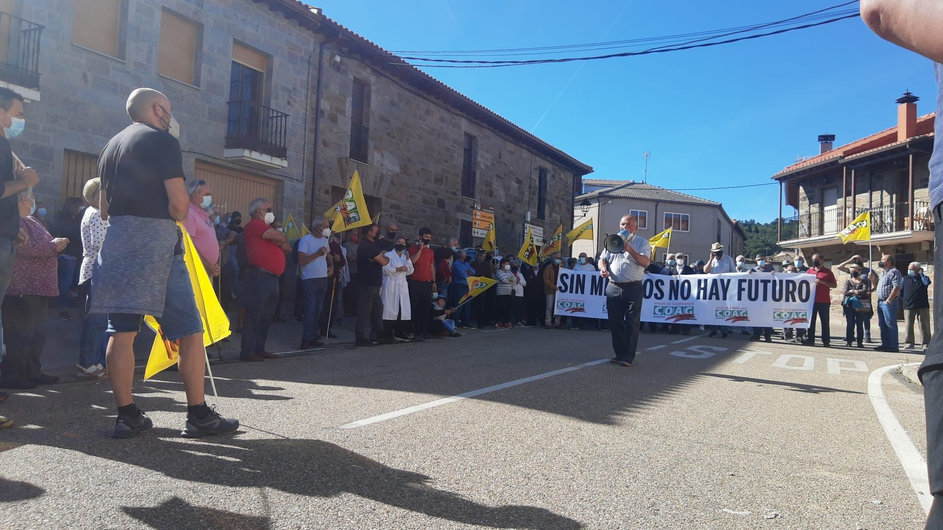 GALERÍA | Manifestación por la sanidad rural en Villardeciervos
