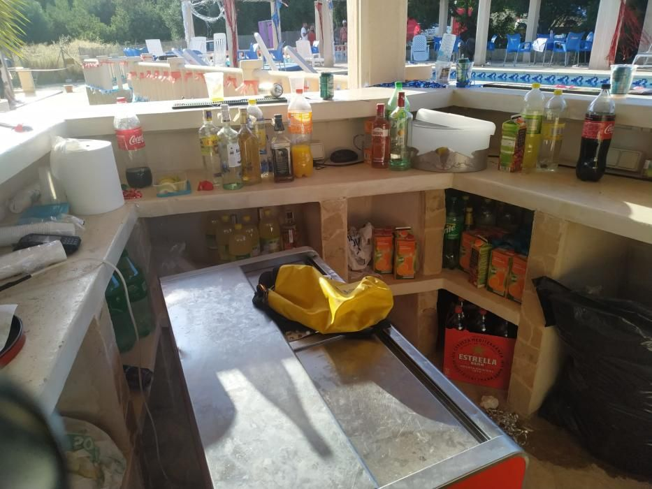 La Policía Local desbarata fiesta ilícita en un chalet de Costa de la Calma