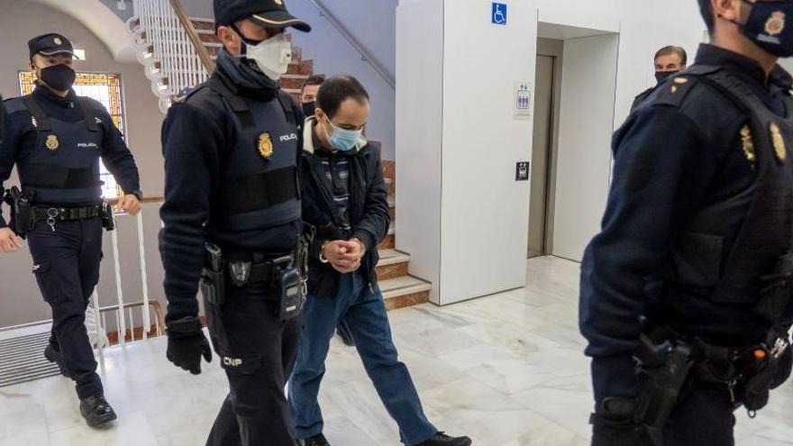 Condenados a 16 y 8 años dos hermanos por matar y emparedar a su madre para seguir cobrando su pensión en Teruel