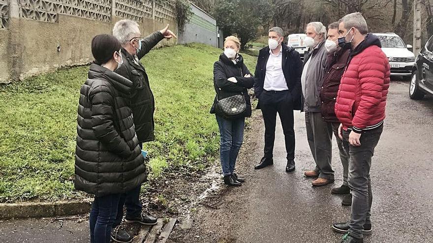 """Vox recoge las demandas de San Claudio ante """"el déficit de atención municipal"""""""