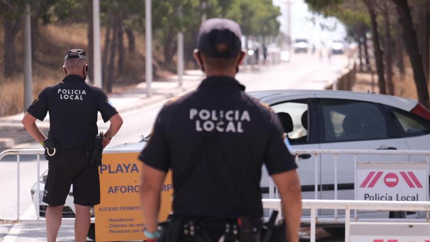 La Policía Local detiene a tres personas por tráfico de drogas en un control