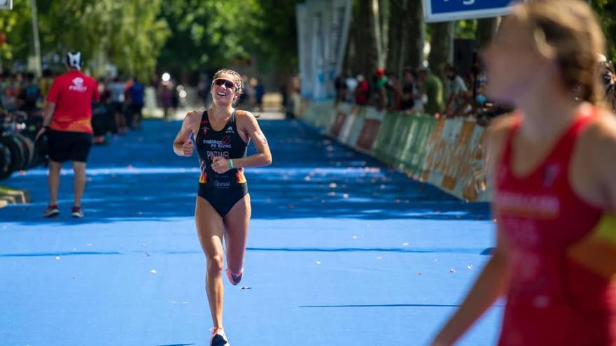 Marta Pintanel, plata en el Campeonato de España de Triatlón