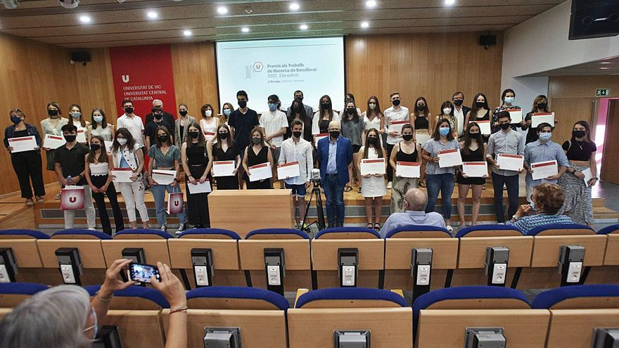 La UVic premia els treballs de recerca de 5 joves de l'Anoia, el Bages i el  Solsonès