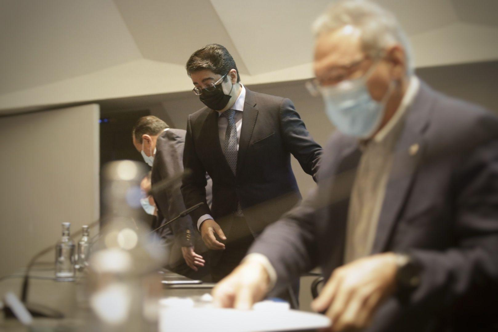 Blas Trujillo y Pedro Martín se reúnen con los alcaldes de la isla para analizar la situación de la Covid-19 en Tenerife