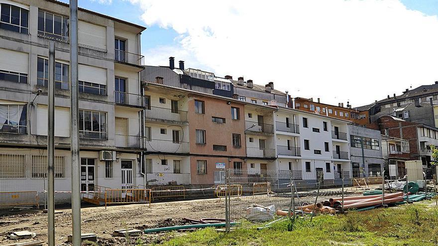 El PSOE cuestiona el recorte de seis a dos viviendas sociales en Manuel Rivero