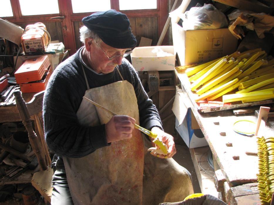Croacia - La fabricacion tradicional de juguetes infantiles de madera en Hrvatsko Zagorje.