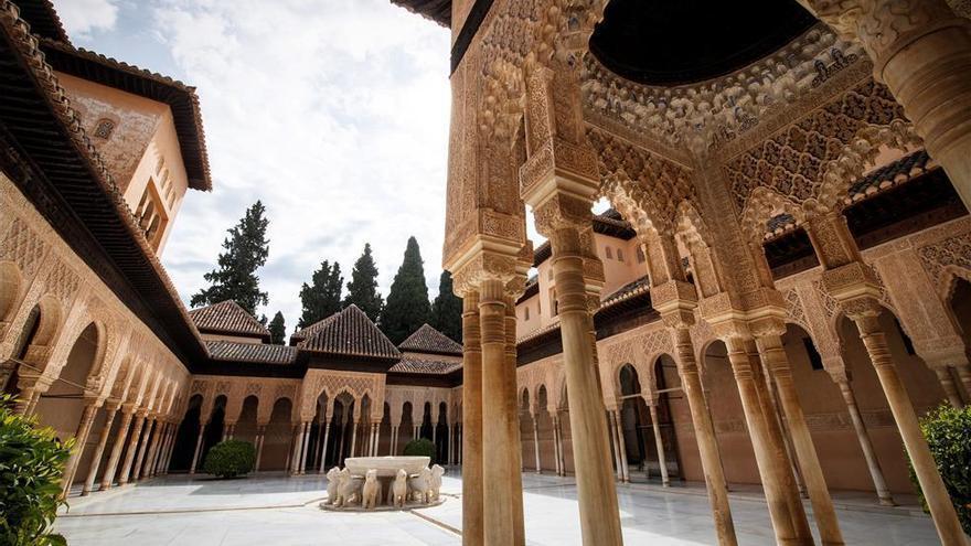 """La Alhambra sigue en """"evaluación continua"""" de """"posibles riesgos"""" por los últimos terremotos en Granada"""