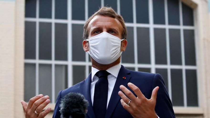 """Macron: """"Si abandonamos el Líbano habrá una guerra civil"""""""