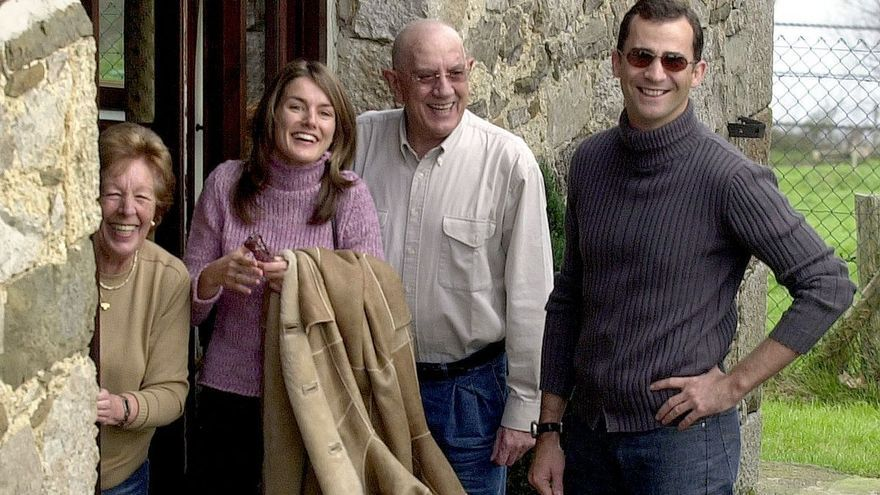 ESPECIAL   Último adiós a Menchú Álvarez del Valle, abuela de la Reina y gran voz de la radio asturiana