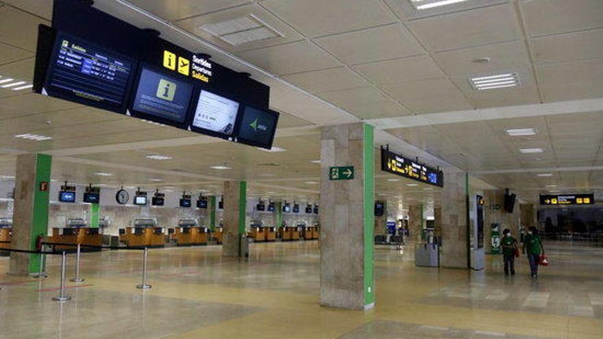 L'aeroport de Girona només ha registrat 648 passatgers durant tot el mes d'abril