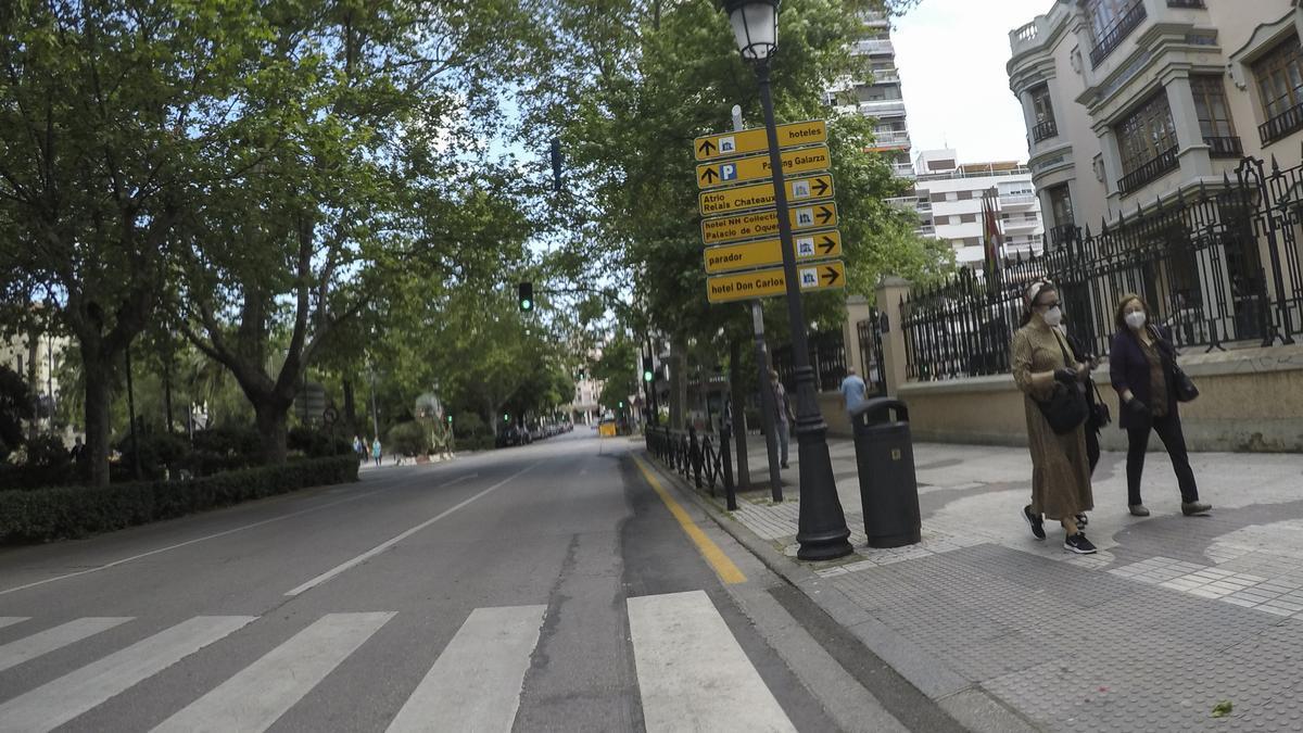 Paseo de Cánovas.