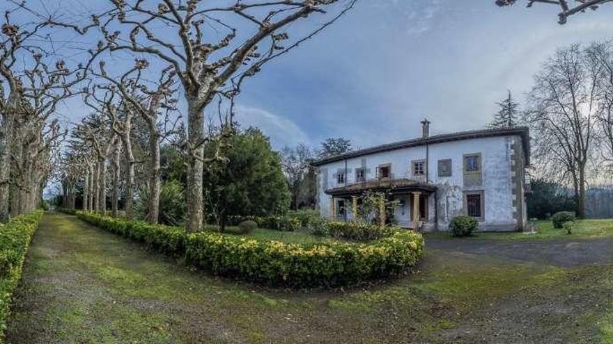 El palacio de la familia Franco en Asturias: puro lujo a la venta por 3 millones de euros