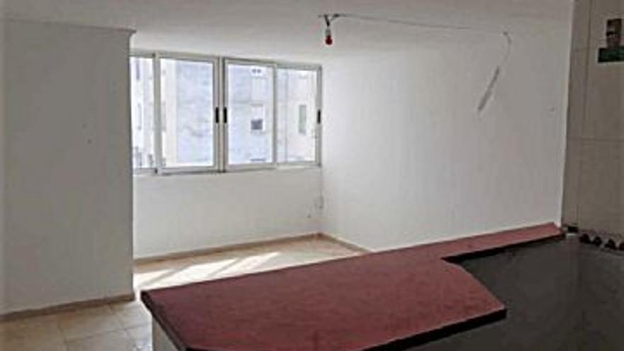 26.000 € Venta de piso en Grao (Castelló-Castellón de la Plana) 54 m2, 481 €/m2, 1 Planta...