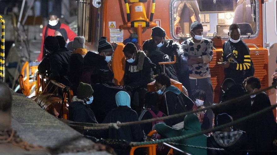 Los rescates de migrantes cerca  del Sahara, una constante incógita por la coordinación con Marruecos