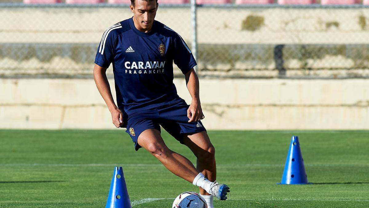 Baselga, en un entrenamiento con el Real Zaragoza.