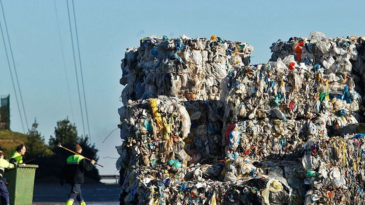 Vertedero de basura de Cogersa.   Luisma Murias