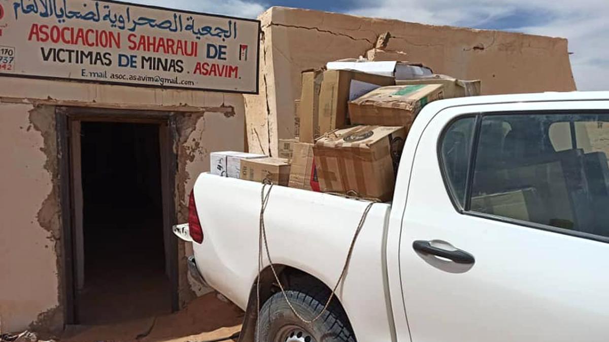 El cargamento procedente de Paiporta a su llegada al campamento saharaui.