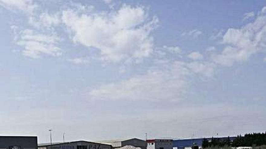 El polígono de Xinzo dotará una planta para la gestión de los plásticos agrícolas