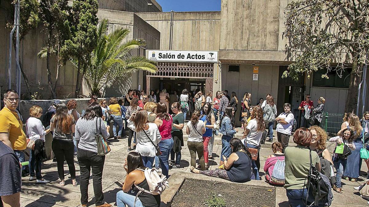 Una imagen de las últimas oposiciones de Educación celebradas en Tenerife. | | E.D.