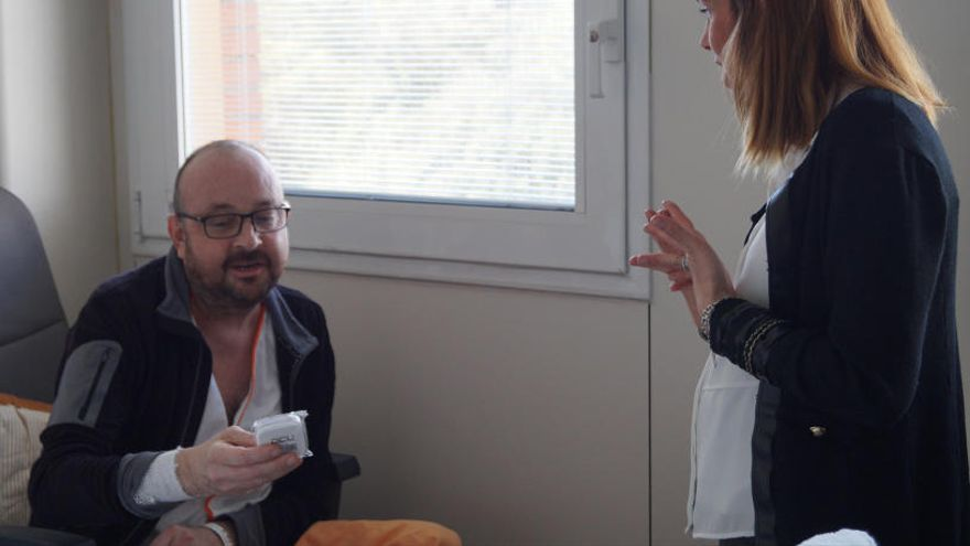 L'Oncolliga regalarà auriculars als pacients de l'ICO Girona