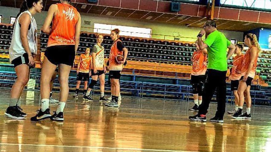 Malestar entre las jugadoras de baloncesto con el CDS y la FEB