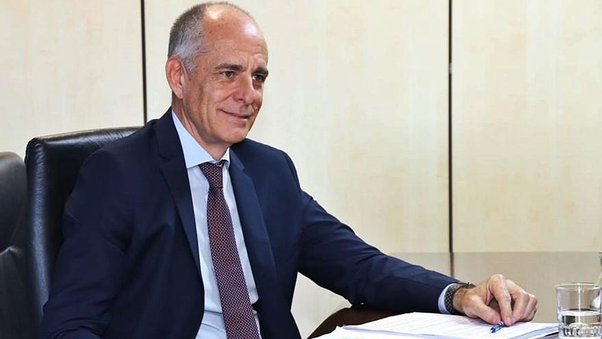 La Cámara espera que AENA demuestre que Tenerife Sur sí es una prioridad