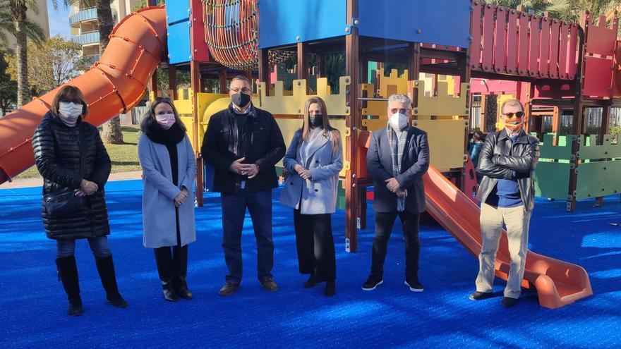 El Campello finaliza la reforma de los juegos infantiles del Parque Central