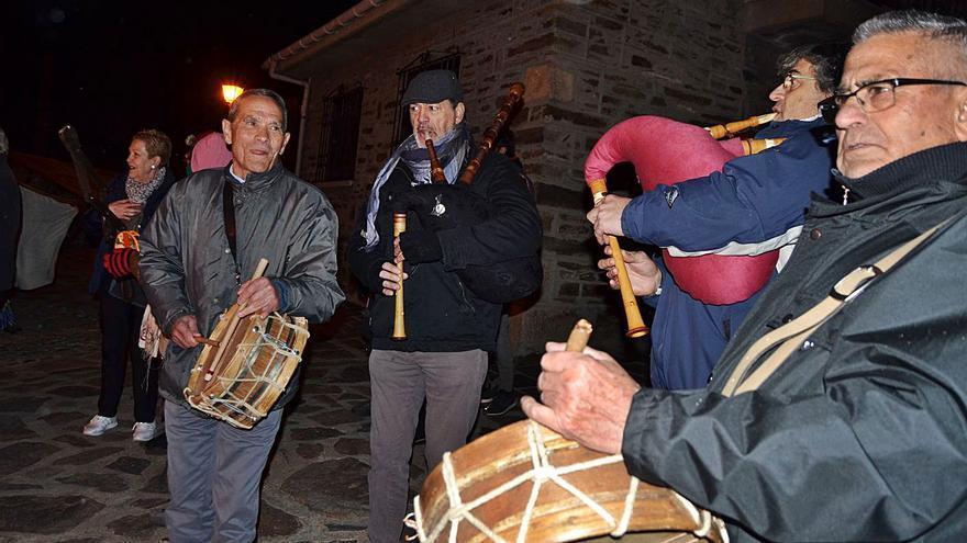 """Adiós al músico Santiago Requejo en Sanabria: El tambor de """"Viola"""" enmudece"""