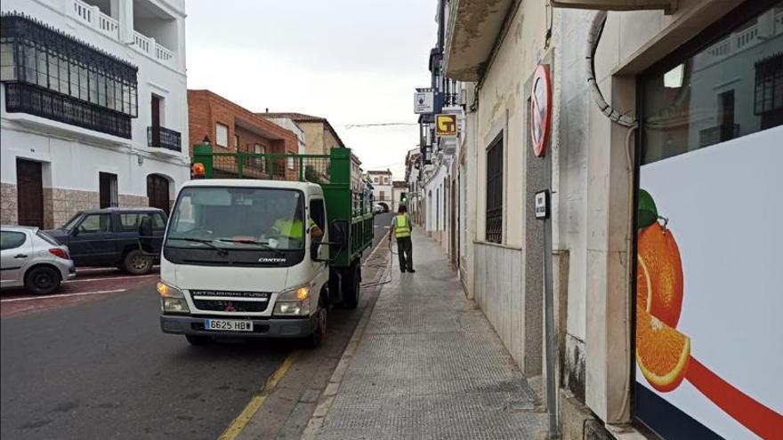 Alcántara suspende el mercadillo e informa de comercios que sirven a domicilio