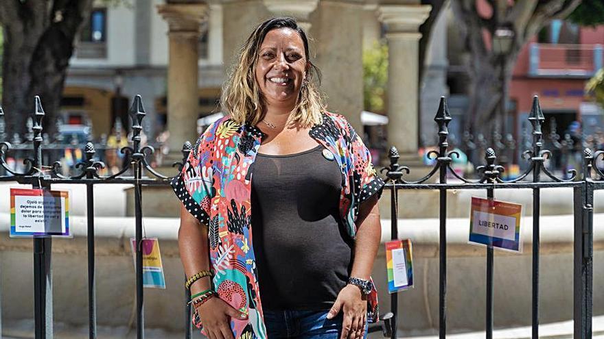 El colectivo LGTBI lleva  sus mensajes a los espacios públicos de la ciudad