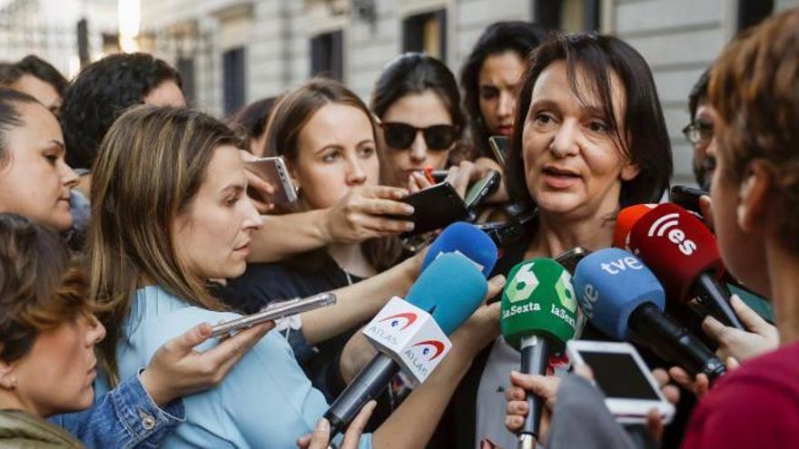 Bescansa niega que tenga un acuerdo con Errejón para desbancar a Iglesias