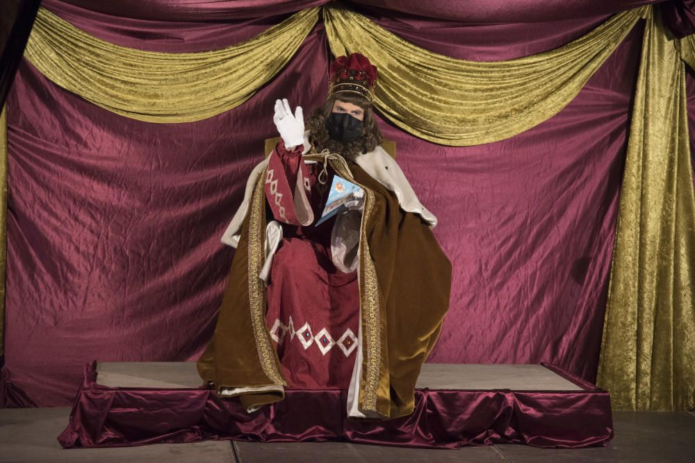 Cardona es guarneix per rebre els Reis d'Orient
