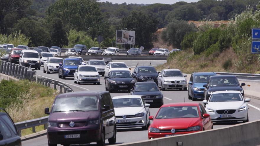 L'operació sortida del primer d'agost es tanca amb 409.083 vehicles, un 12,8% menys que l'any passat