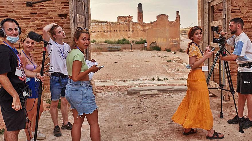 'Black stories' arrasa  en Belchite de película