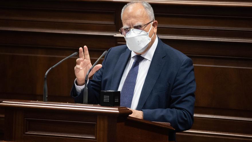 Curbelo pide que el uso de la mascarilla se adecúe a cada territorio