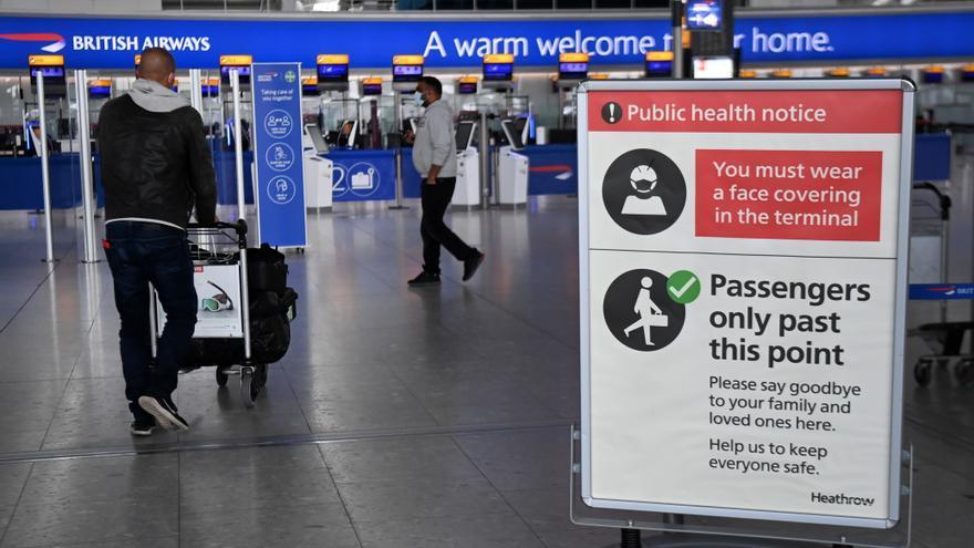 Reino Unido eliminará la cuarentena para viajeros vacunados de la UE y EEUU