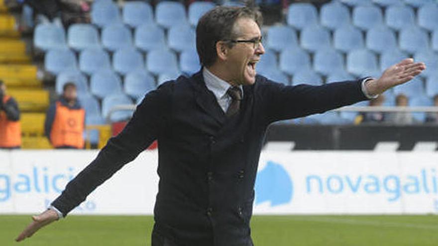 Fernando Vázquez regresa al banquillo del Deportivo