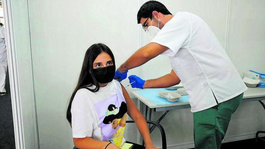 Los nuevos contagios descienden en Canarias, que suman 626 casos de Covid-19