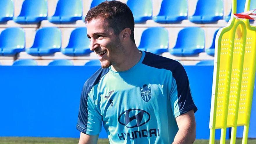 El Atlético Baleares busca mantenerse invicto ante un Linares en descenso
