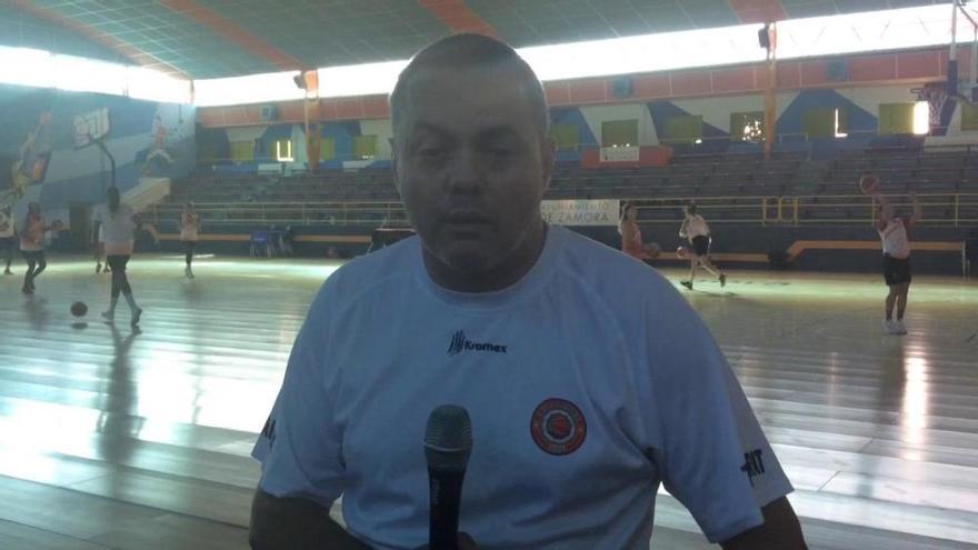 Fran García, entrenador del Quesos El Pastor