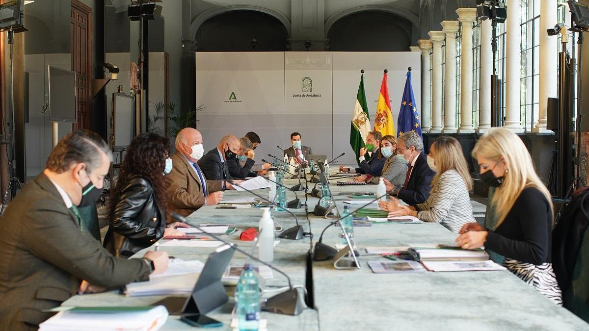 Andalucía prorroga las restricciones por el covid hasta el sábado 12 a la espera de nuevas medidas