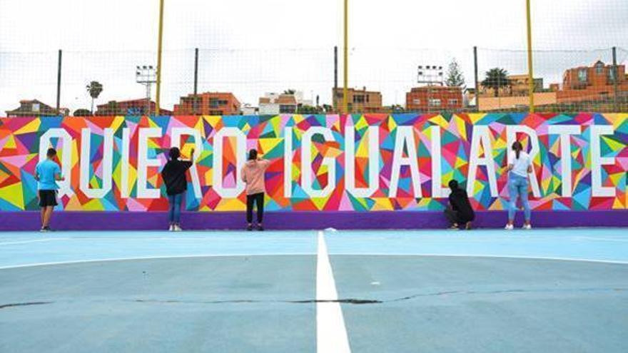 La Regenta y el IES el Batán crean un mural en defensa de la igualdad