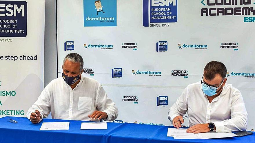 Dormitorum sienta las bases del futuro talento canario en colaboración con ESM