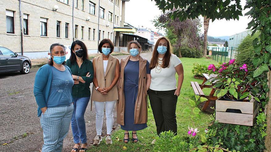 Relevo femenino en el Instituto de Vegadeo