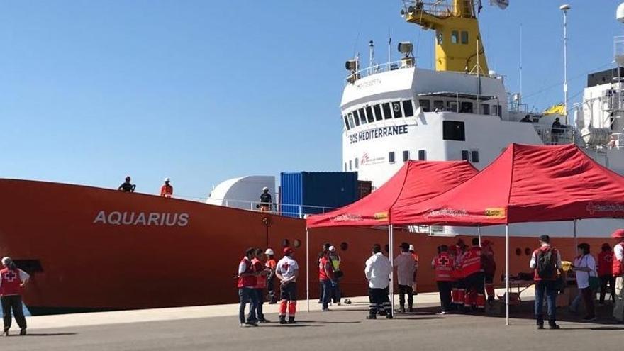 ¿Dónde se encuentran las 629 personas migrantes del Aquarius un año después?