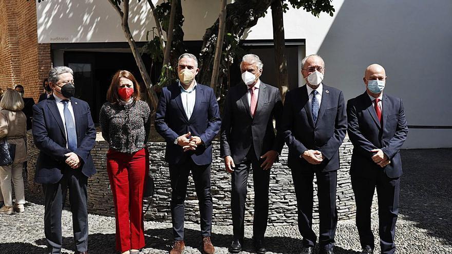 """Bendodo reivindica la vía andaluza para hablar """"con todos, sin vetos"""""""